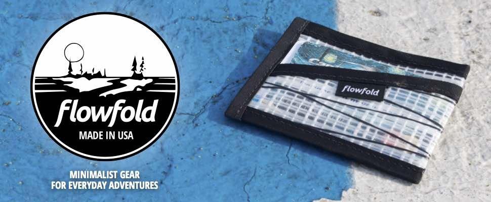 Amazon.com: Flowfold - Cartera de lona reciclada con tres ...