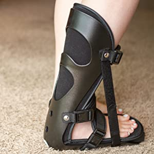 strong exterior shell keeps your heel flexed