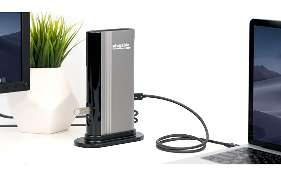 Thunderbolt 3 cable plugged into docking station
