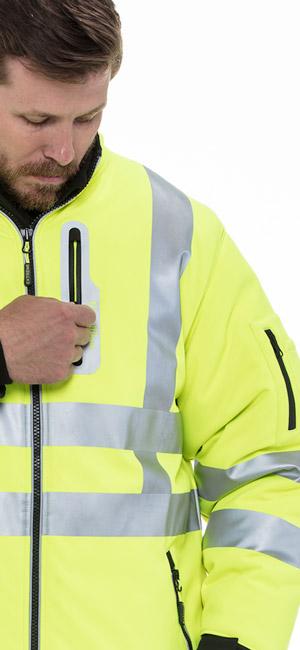 refrigiwear 0796R Hivis Extreme Softshell Jacket waterproof chest pocket