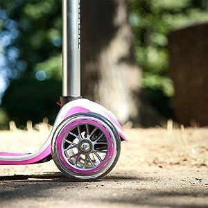 Amazon.com : Globber 3 Wheel Adjustable Height Scooter (Blue ...