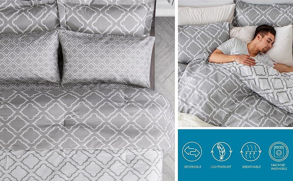 vivid quatrefoil pattern