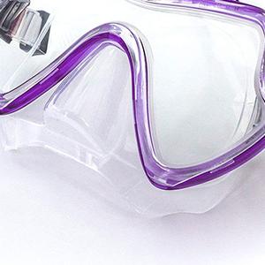snorkeling glasses