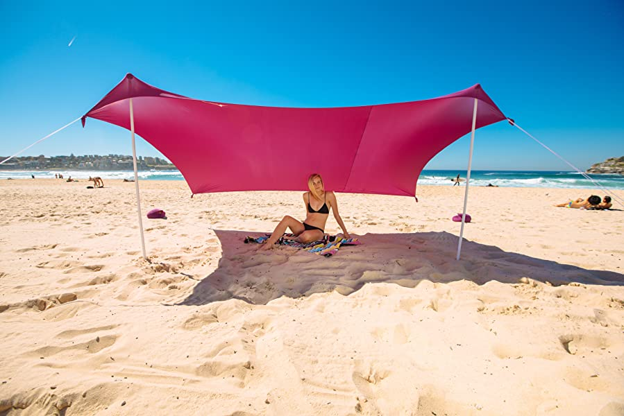 ZiggyShade - Beach SunShade - Beach Tent With Sandbag Anchors u0026 4 Pegs - UPF50+ & Amazon.com: ZiggyShade u2013 Beach SunShade u2013 Beach Tent + Sandbag ...