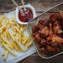 Deep fried chicken wings