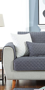 Amazon.com: OstepDecor Quilted Furniture Protector for Sofa ...