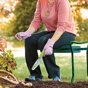 Amazon Com Garden Kneeler And Seat Protects Your Knees