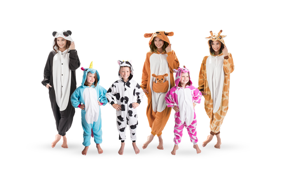 Emolly Fashion brings play to pajamas with this Kigurumi kids animal giraffe onesie. Its made of ultra-soft plush that makes it comfortable to wear as a ...