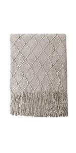 Knitten throw blanket