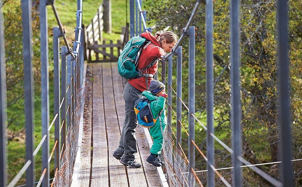 Amazon Com Deuter Kikki Kid S Backpack Kiwi Emerald