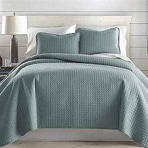 Vilano Steel Blue Quilt
