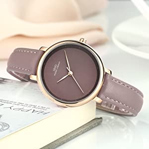 This watch will bring elegant and specialty when you are in many people. Special the color it goes with any outfits, like hip top, elegant, classical and so ...