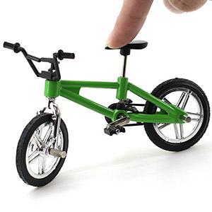 Amazon.com: 1 mini juguete para bicicleta en miniatura para ...