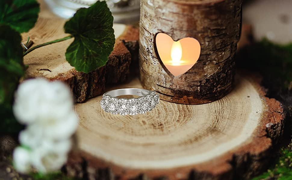 DImaond wedding band ring