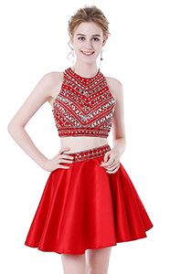This prom gown has A-Line design,the 2 pieces design make this homecoming dress more elegant. Silhouette:A-Line Neckline:Scoop Materials:Beads Appliques