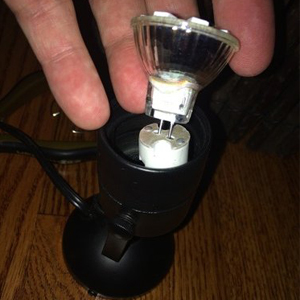 GU4.0 base LED bulb