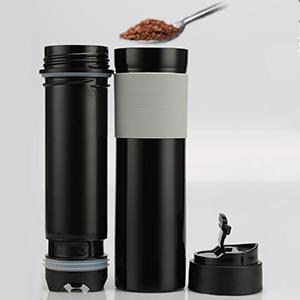 french press coffee maker spoon add coffee to go lavazza roast coffee moka pot Sisitano