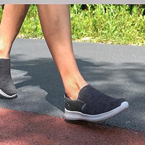 Slip-on Walking Shoes Lightweight Sneakers