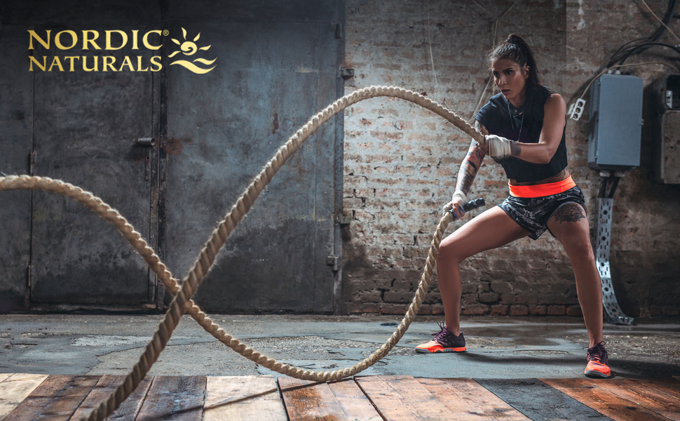 Crossfit woman for Nordic Naturals rope drill