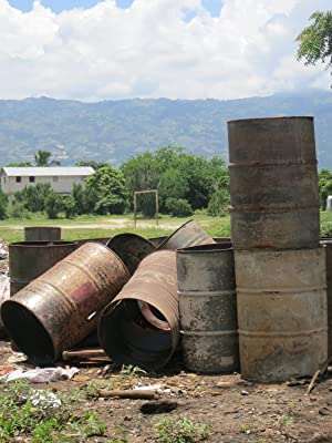 Steel drum oil barrels