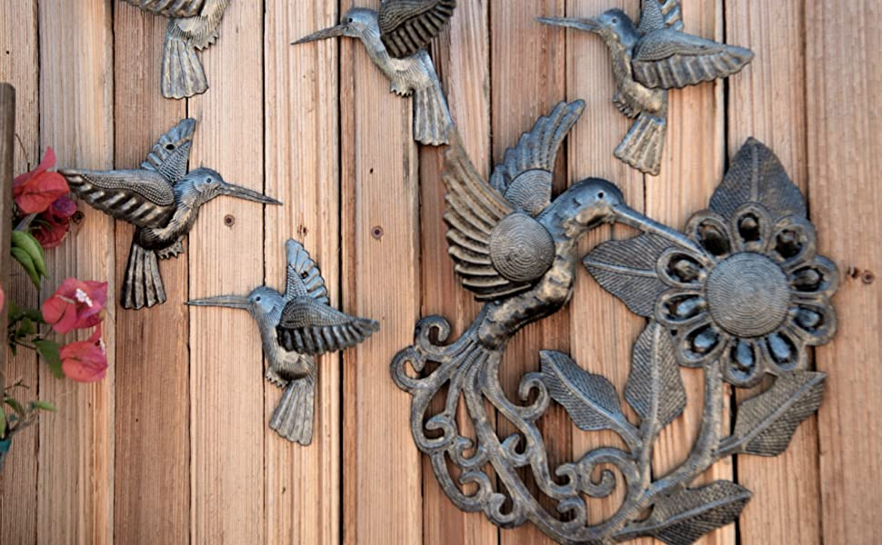 It S Cactus Metal Art Haiti Hummingbird Feeding On The Bloom Handmade Garden Metal Decor Indoor And Outdoor Wall Hanging Haiti Workmanship 11 X