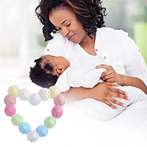 absorbent breastfeeding pads