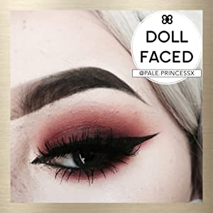Dollup Beauty is loved by editors, pro makeup artists, bloggers, makeup lovers and modern women.