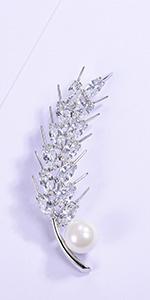 brooch pins
