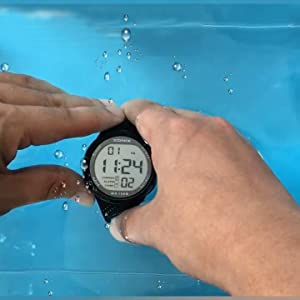 Does Support push-button while underwater: