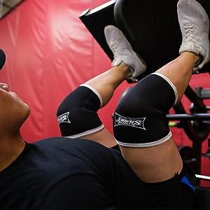 sling shot knee sleeves black press