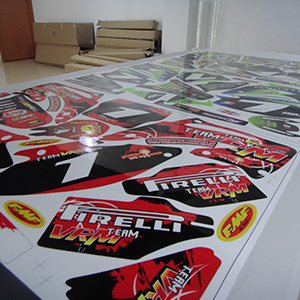 Super thick glossy overlaminate protect your sticker from UV radiatio and scratch.