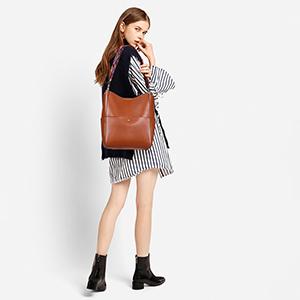 women leather shoulder purse