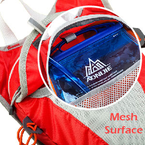 Two side mesh bag designed for carry phone, keys, you may handsfree with this running pack during outdoor.