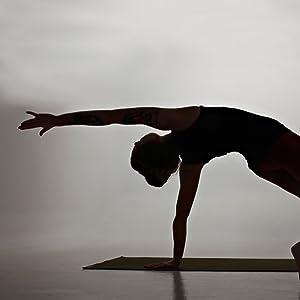 Arm up yoga