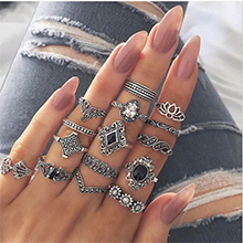 Milacolato 132PCS Bohemia Knuckle Ring Set for Women Hollow Silver Fashion Midi Finger Rings Vintage Stackable Knuckle Midi Rings Set