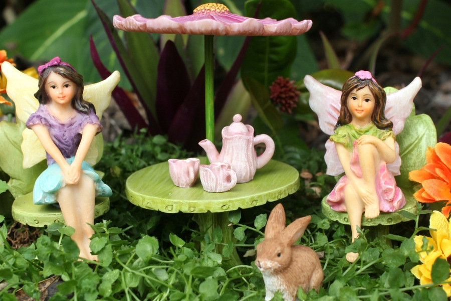 The Fairy Garden Set With Miniature Fairies Sonya U0026 Maya