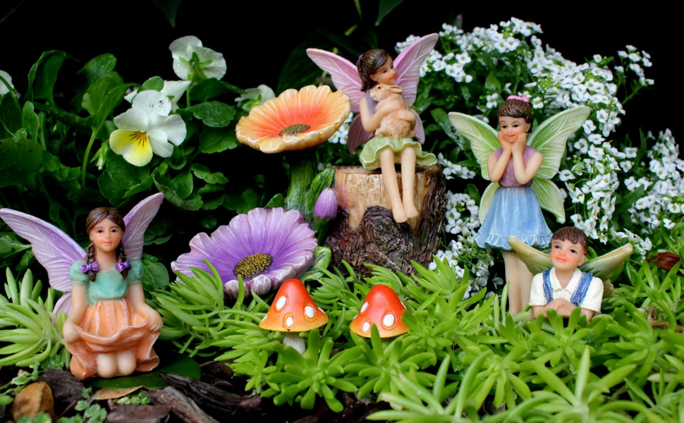 FAIRY GARDEN FLOWER STUMP KIT WITH MINIATURE FAIRIES AND ACCESSORIES