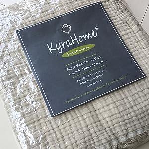 Kyrahome Organic muslin throw package