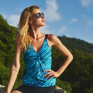 e115895eb2 ATTRACO 2 pcs Swimsuit Set Ladies Tankini Swimwear with Shorts ...
