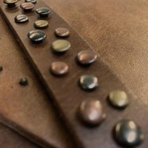 Velez Crossbody Genuine Leather Handbags for Women | Carteras de Mujer en Cuero Colombiano