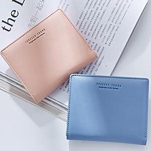 girl small wallet