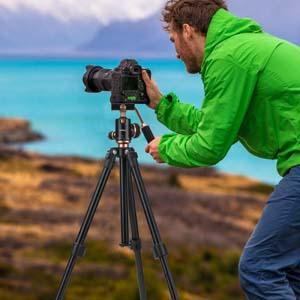 Height adjustable camera tripod