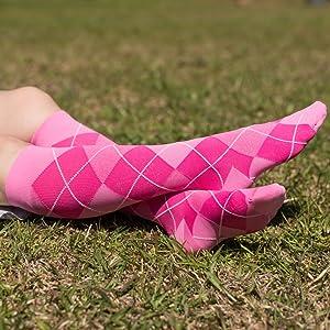 SIGVARIS Women's MICROFIBER SHADES 143 Calf High Compression Socks 15-20mmHg in pink argyle.