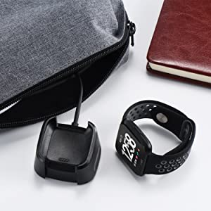 Amazon.com: Fitbit Versa Charger 1 Pack, 3.3ft/100cm