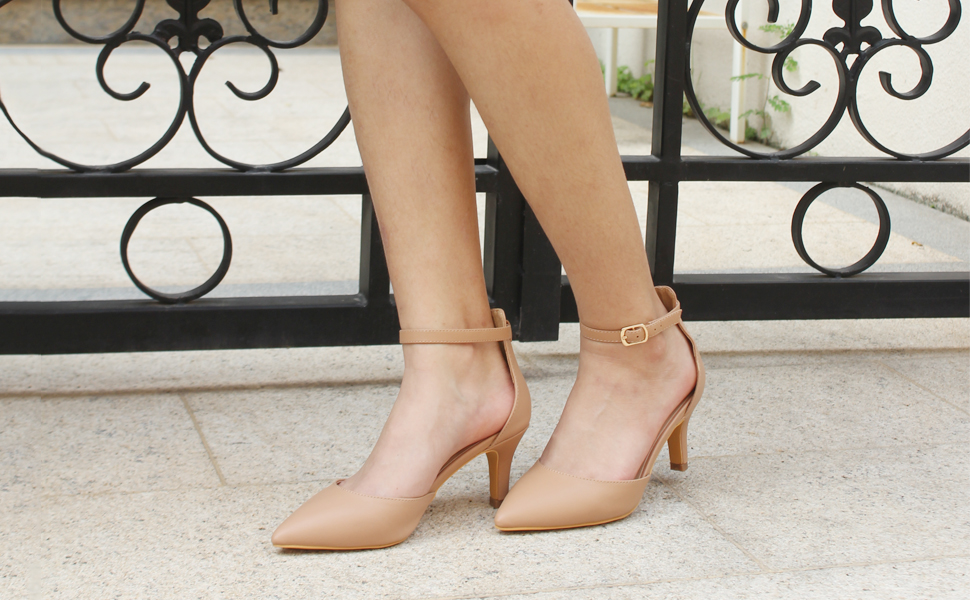 7 cm heel pumps