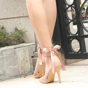 stiletoo heels