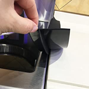 Silicone gap cover for stove
