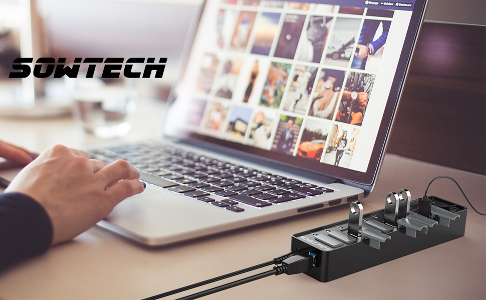 10-Port USB Data Hub with 36W Power Adapter