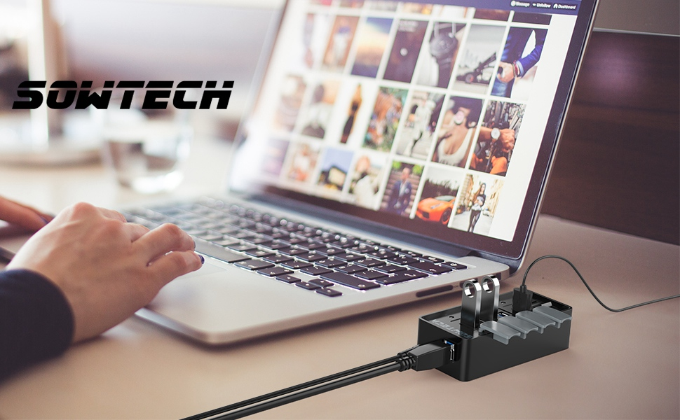 4-Port USB Data Hub with 17.5W Power Adapter