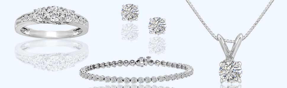 IGI Certified 1/4ct TW Round Diamond Stud Earrings in 14K White Gold